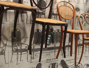 Thonet Stühle in der Pinakothek der Moderne in München