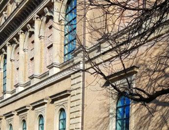 Alte Pinakothek in München mit der Ausstellung Von Goya bis Manet - das 19. Jahrhundert in der Alten Pinakothek