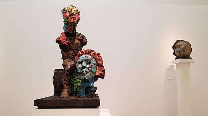 Skulpturen von Markus Lüpertz im Haus der Kunst in München