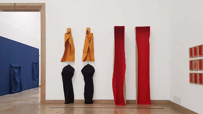 Ausstellung Franz Erhard Walther im Haus der Kunst in München