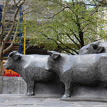 Rindermarktbrunnen in München von Josef Henselmann als Kunst im öffentlichen Raum in München