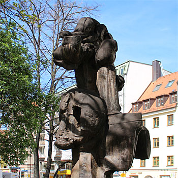 Kunst im öffentlichen Raum München - Rolf Szymanski: Die öffentliche Rose
