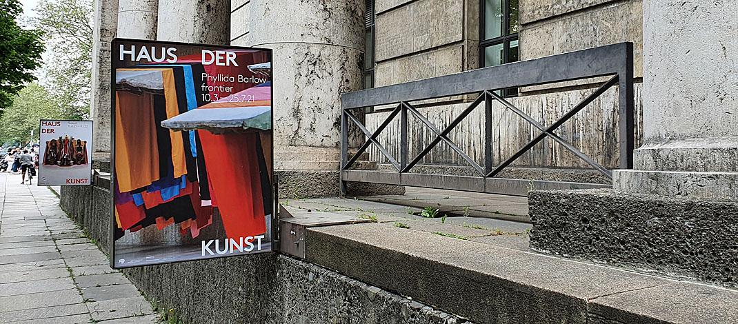 Ausstellung Phyllida Barlow im Haus der Kunst in München