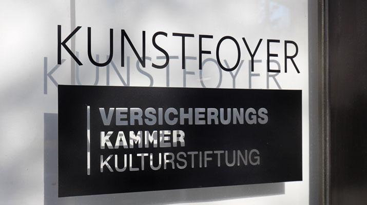 Fotoausstellung Matt Black im Kunstfoyer der Versicherungskammer Bayern